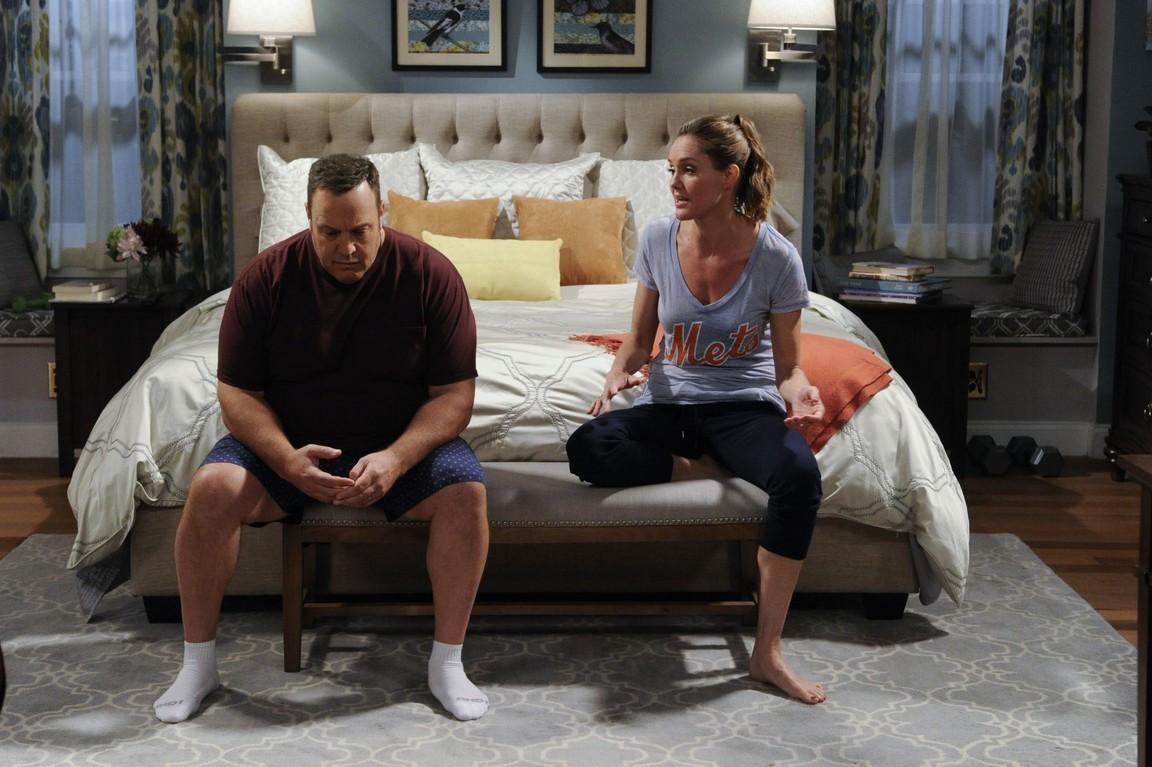 Kevin Can Wait - Season 1 Episode 11: Kevin's Bringing Supper Back