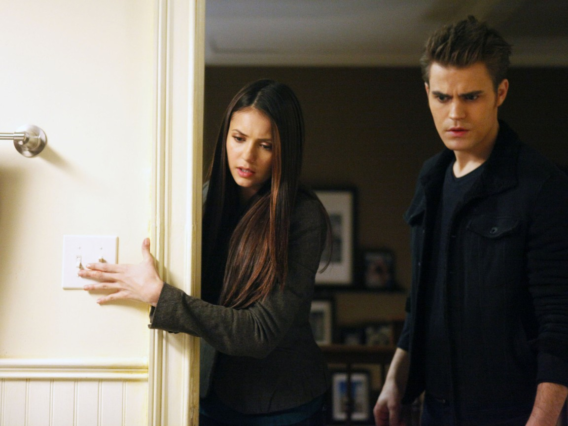 The Vampire Diaries - Season 3 Episode 17: Break on Through