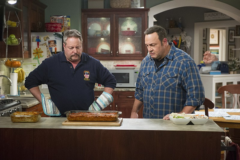 Kevin Can Wait - Season 1 Episode 04: Kevin and Donna's Book Club