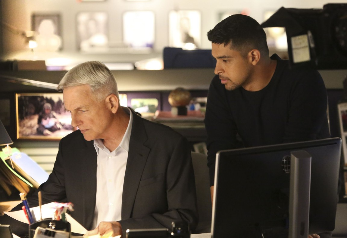 NCIS - Season 14 Episode 02: Being Bad