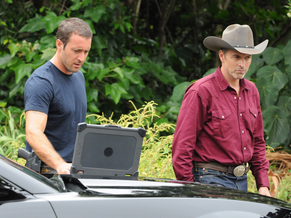 Hawaii Five-0 - Season 4 Episode 02: Fish Out of Water