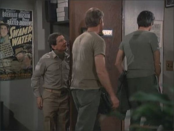 M*A*S*H - Season 11 Episode 08: The Moon Is Not Blue