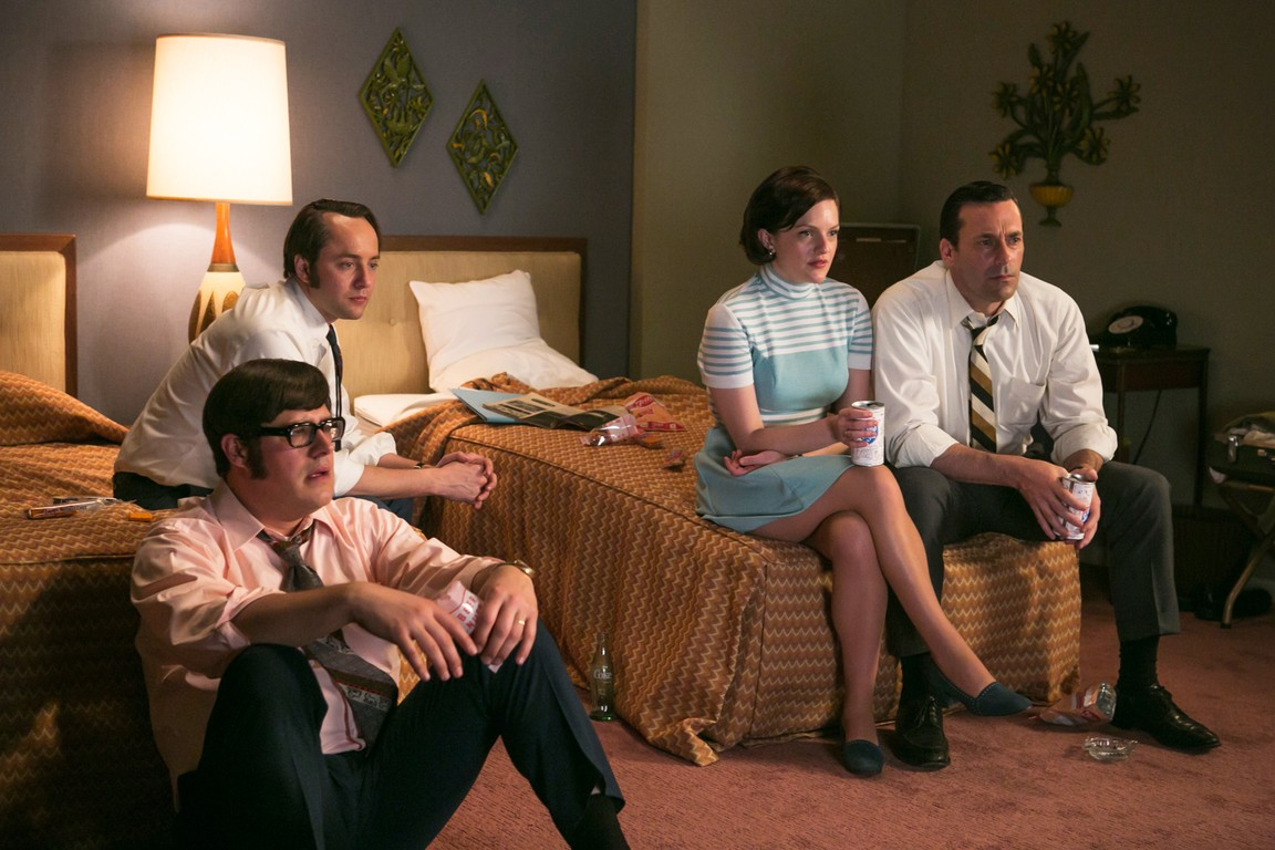 Mad Men - Season 7 Episode 7: Waterloo