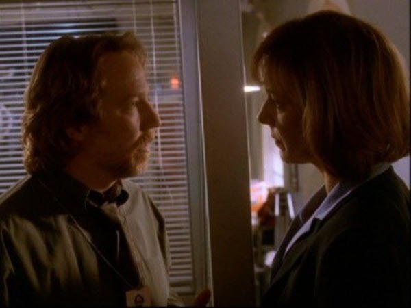 The West Wing - Season 1 Episode 13: Take Out the Trash Day