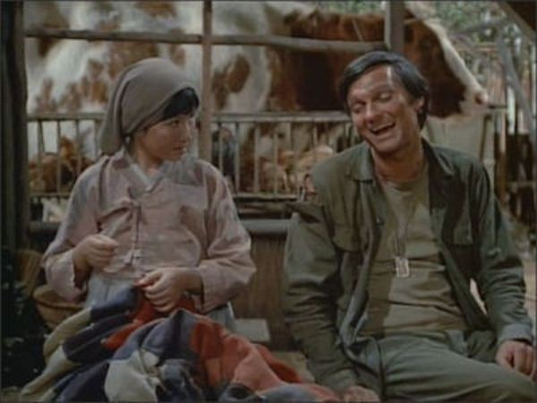 M*A*S*H - Season 4 Episode 19: Hawkeye