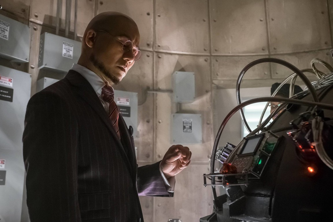 Gotham - Season 2 Episode 22: Wrath of the Villains: Transference