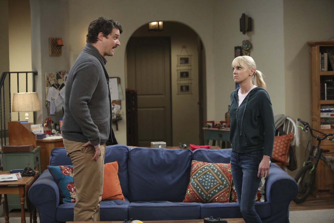 Mom - Season 2 Episode 07: Soapy Eyes and a Clean Slate