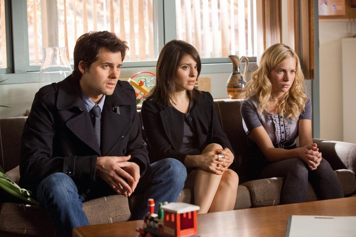 Life Unexpected - Season 1 Episode 10: Family Therapized