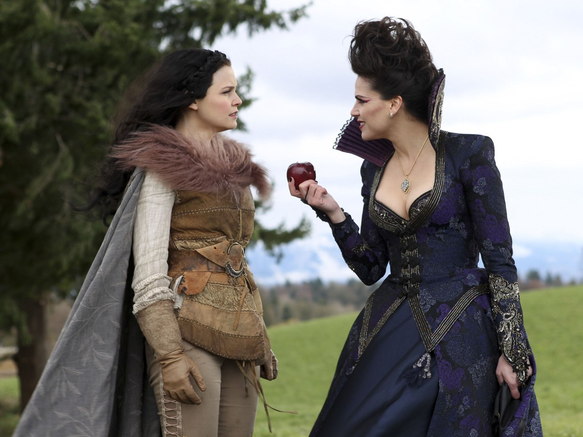 Once Upon A Time - Season 1 Episode 21: An Apple Red as Blood