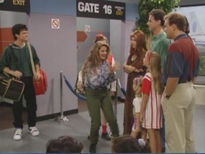 Full House - Season 6 Episode 1 - Come Fly with Me.