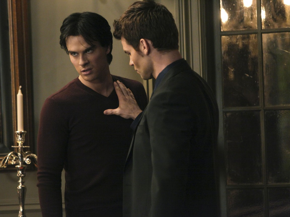 The Vampire Diaries - Season 3 Episode 13: Bringing Out the Dead