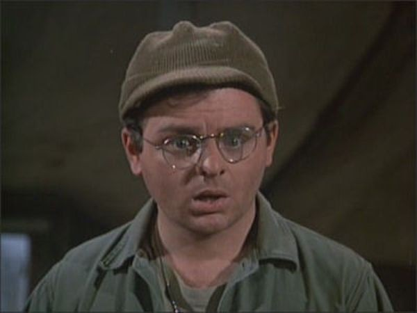 M*A*S*H - Season 4 Episode 14: The Gun