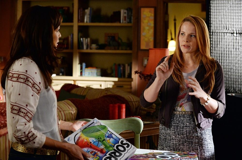 Switched at Birth - Season 4 Episode 06: Black and Gray