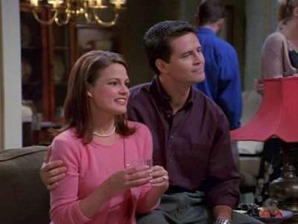 Frasier - Season 9 Episode 23: The Guilt Trippers