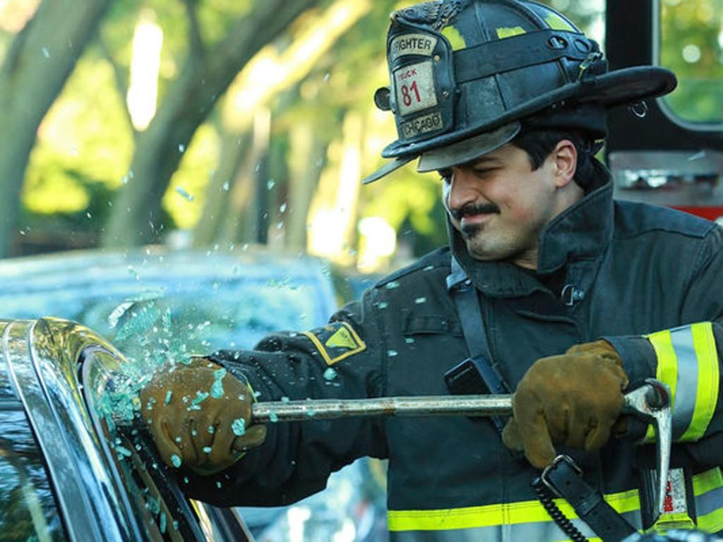 Chicago Fire - Season 2 Episode 01: A Problem House