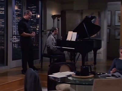 Frasier - Season 7 Episode 13: They're Playing Our Song