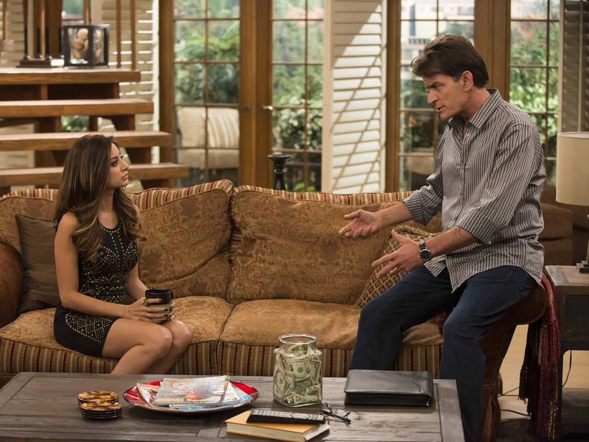 Anger Management - Season 2 Episode 15: Charlie's Patients Hook Up