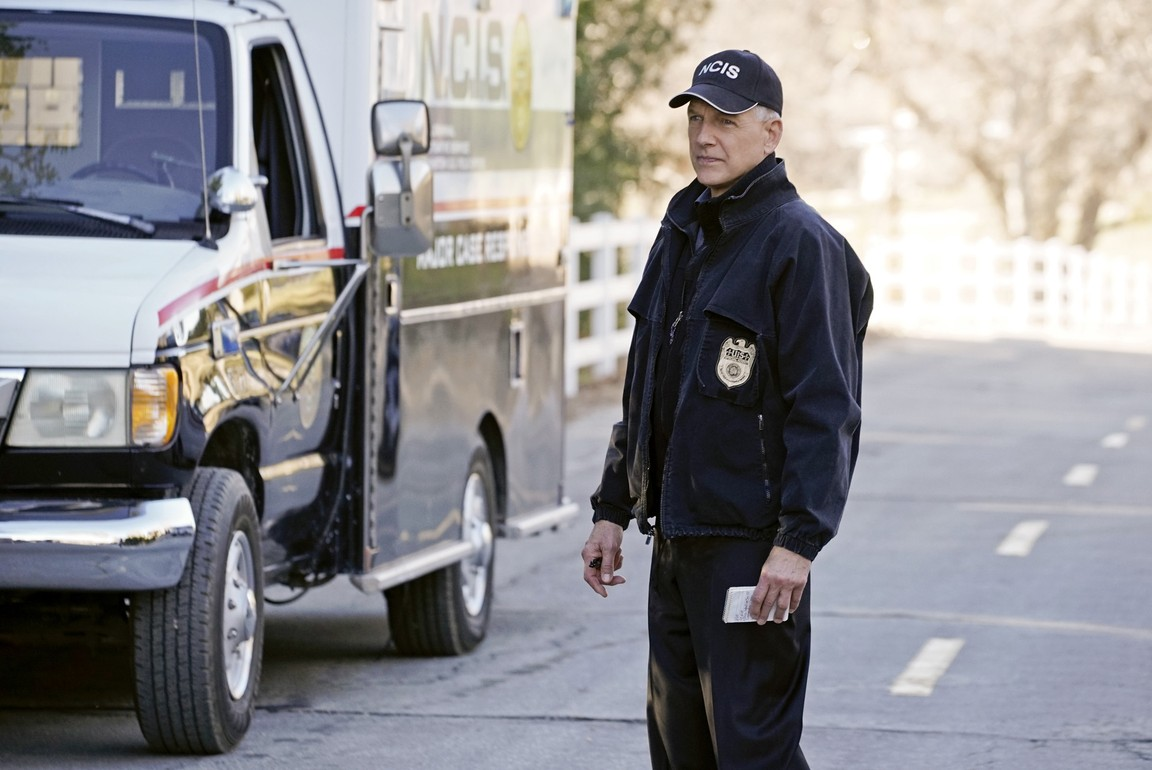 NCIS - Season 13 Episode 17: After Hours