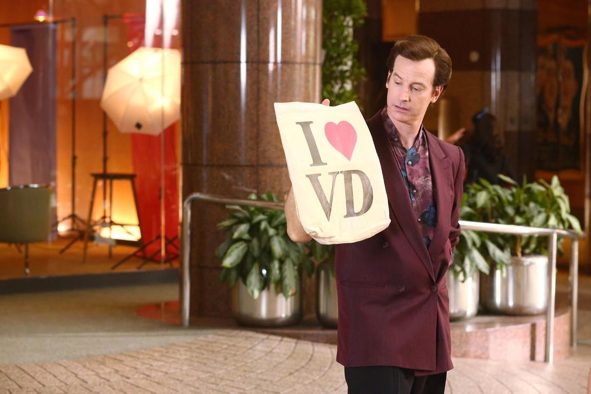 The Goldbergs - Season 4 Episode 02: I Heart Video Dating