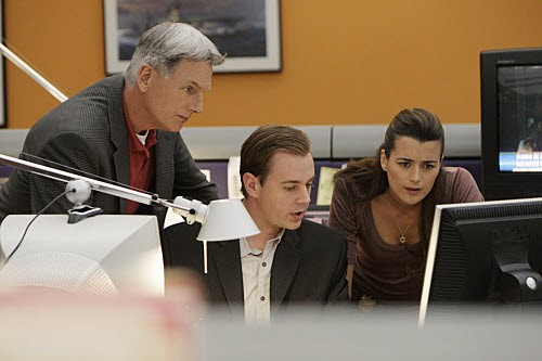 NCIS - Season 5 Episode 15: In the zone