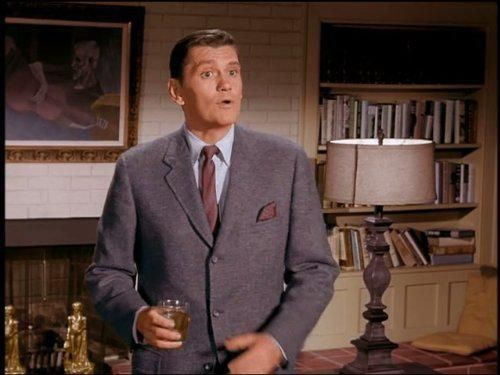 Bewitched - Season 1 Episode 13: Love Is Blind