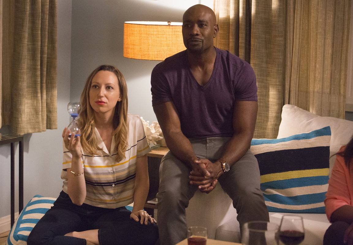 Rosewood - Season 1 Episode 10: Aortic Ateresia and Art Installations