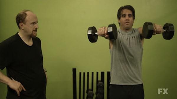 Louie - Season 1 Episode 12: Gym