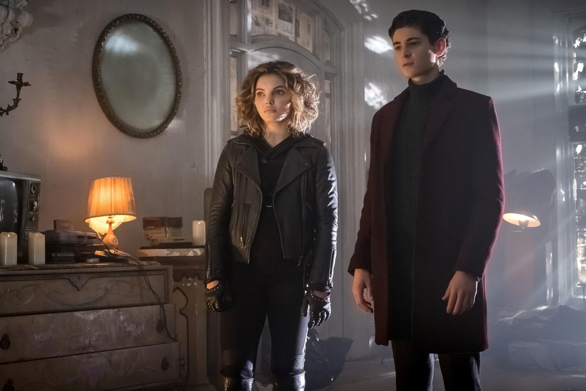 Gotham - Season 3 Episode 09: Mad City: The Executioner