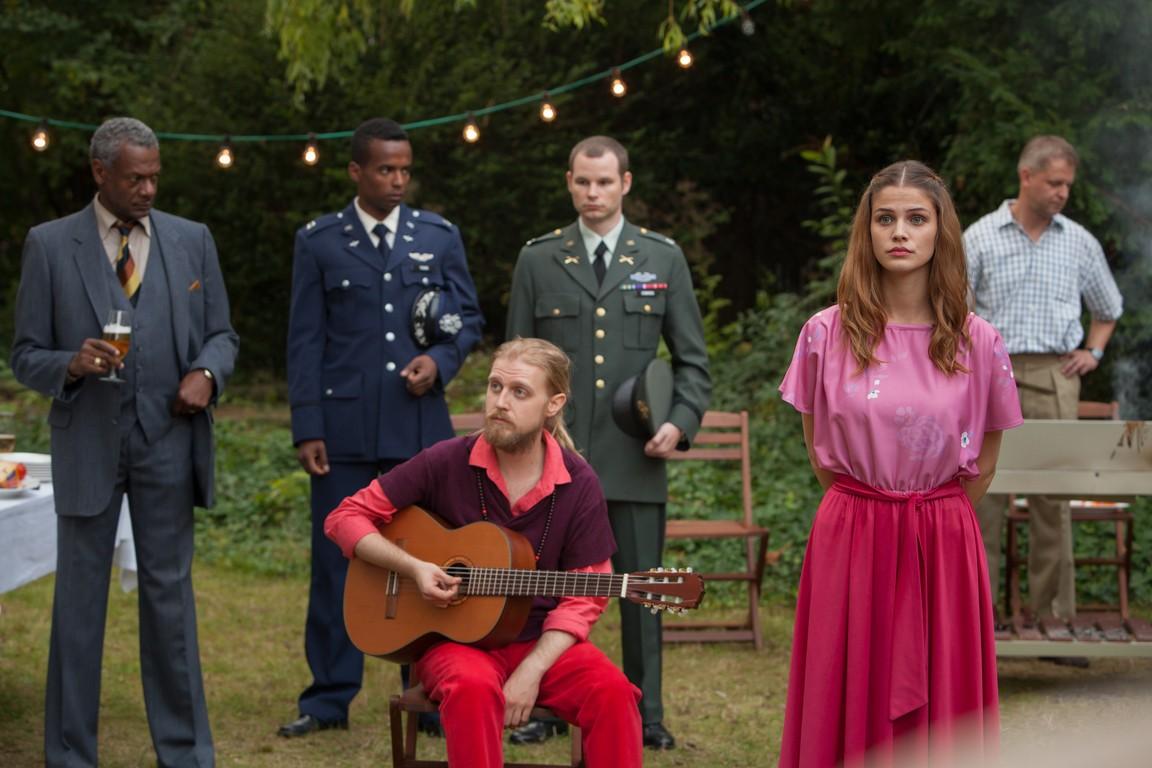 Deutschland 83 - Season 1 Episode 01: Quantum Jump