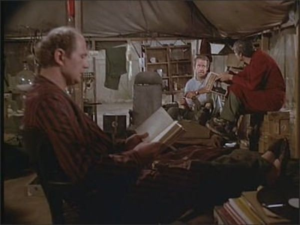 M*A*S*H - Season 6 Episode 10: Images