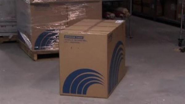 The Office - Season 1 Episode 4: The Alliance