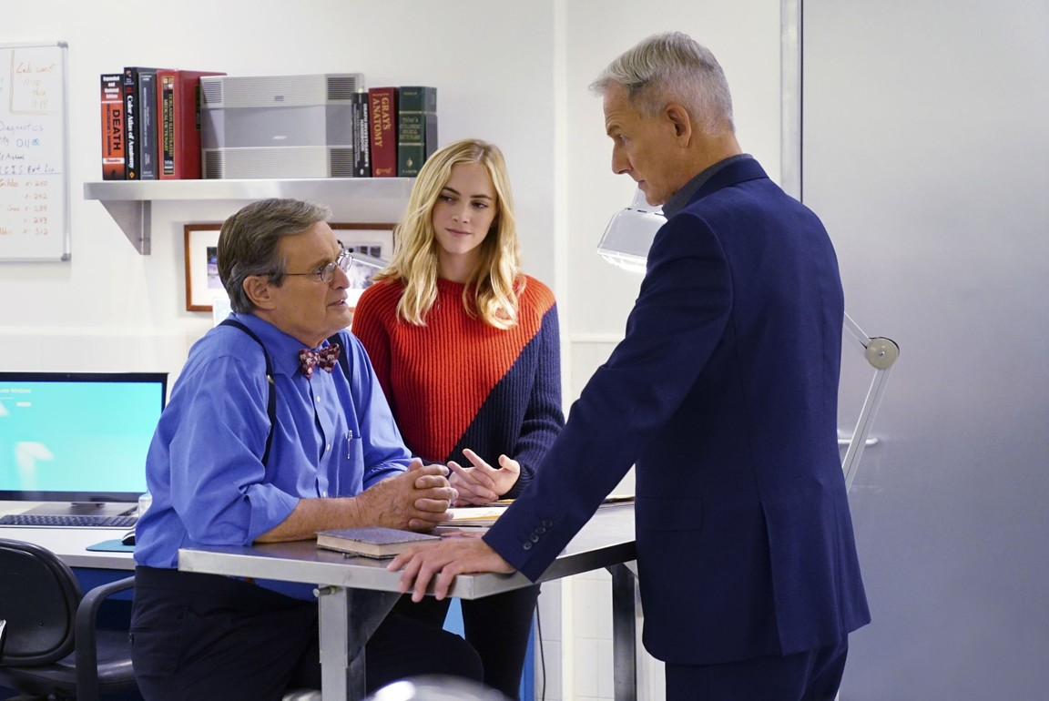 NCIS - Season 14 Episode 10: The Tie That Binds