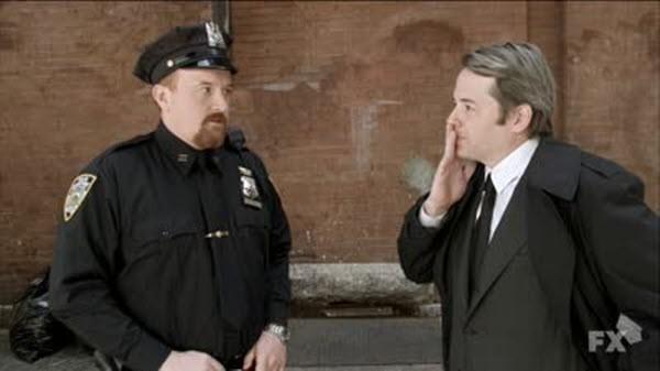 Louie - Season 1 Episode 06: Heckler / Cop Movie