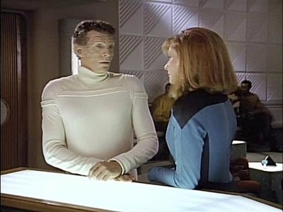 Star Trek: The Next Generation - Season 3 Episode 25: Transfigurations