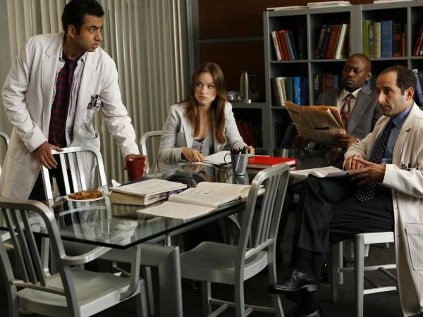House M.D. - Season 5 Episode 04: Birthmarks