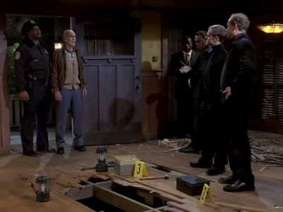 Frasier - Season 9 Episode 19: Deathtrap