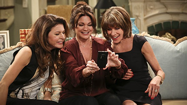 Hot in Cleveland - Season 5 Episode 07: The One With George Clooney
