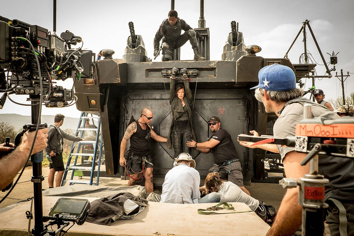 Resident Evil The Final Chapter Cast Adds Ruby Rose And 5: Resident Evil: The Final Chapter 2017 Watch Online On