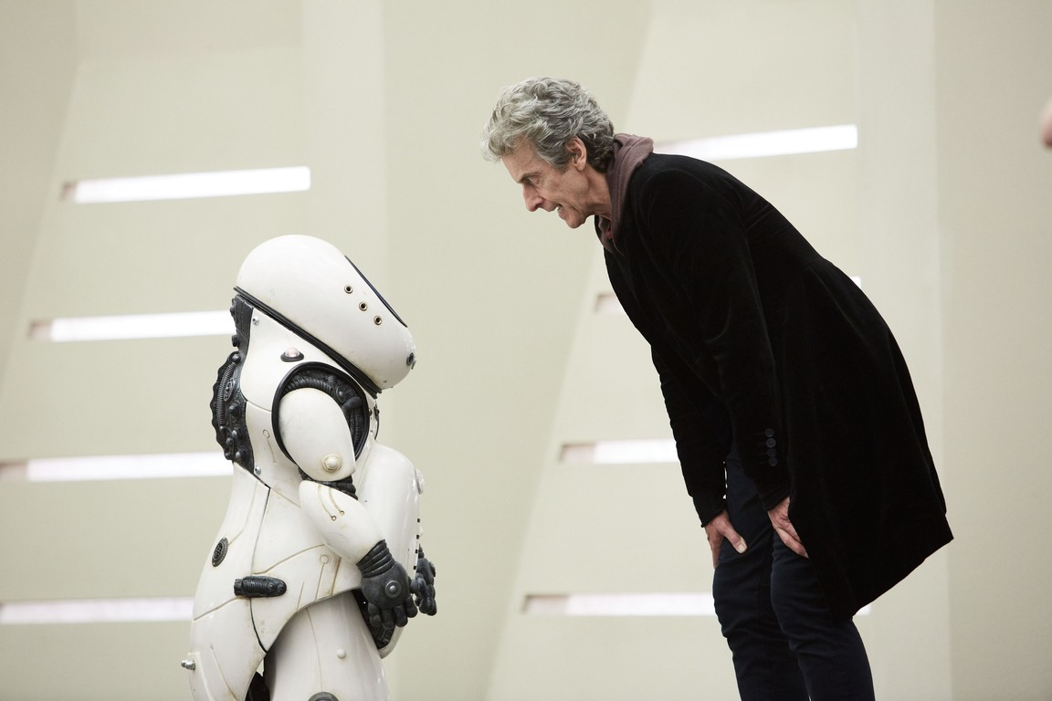 Doctor Who - Season 10 Episode 02: Smile