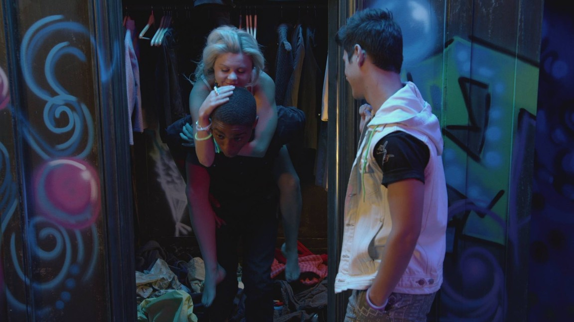 Faking It - Season 2 Episode 06: The Ecstasy and the Agony