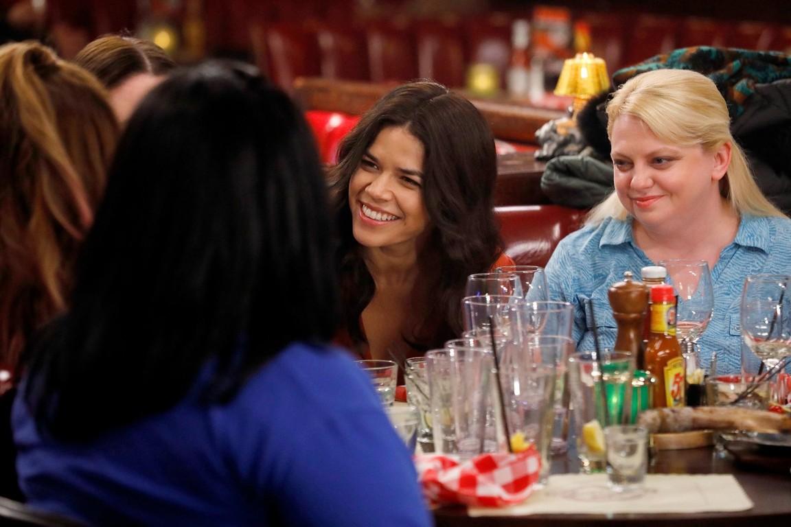 Superstore - Season 2 Episode 12: Ladies' Lunch