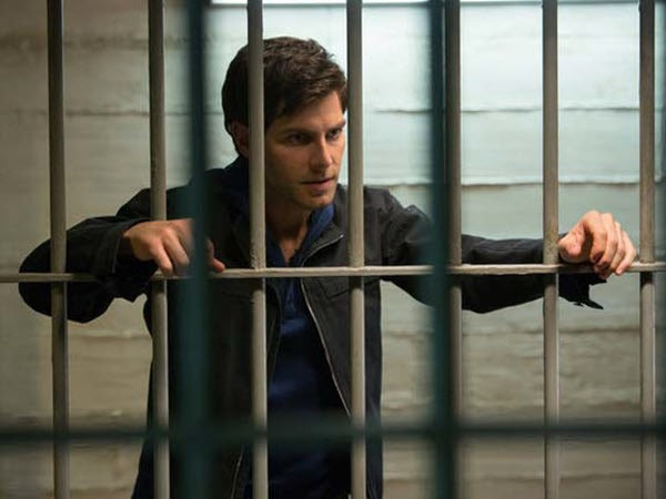 Grimm - Season 2 Episode 12: Season of the Hexenbiest
