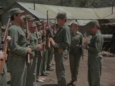 M*A*S*H - Season 3 Episode 03: Officer of the Day