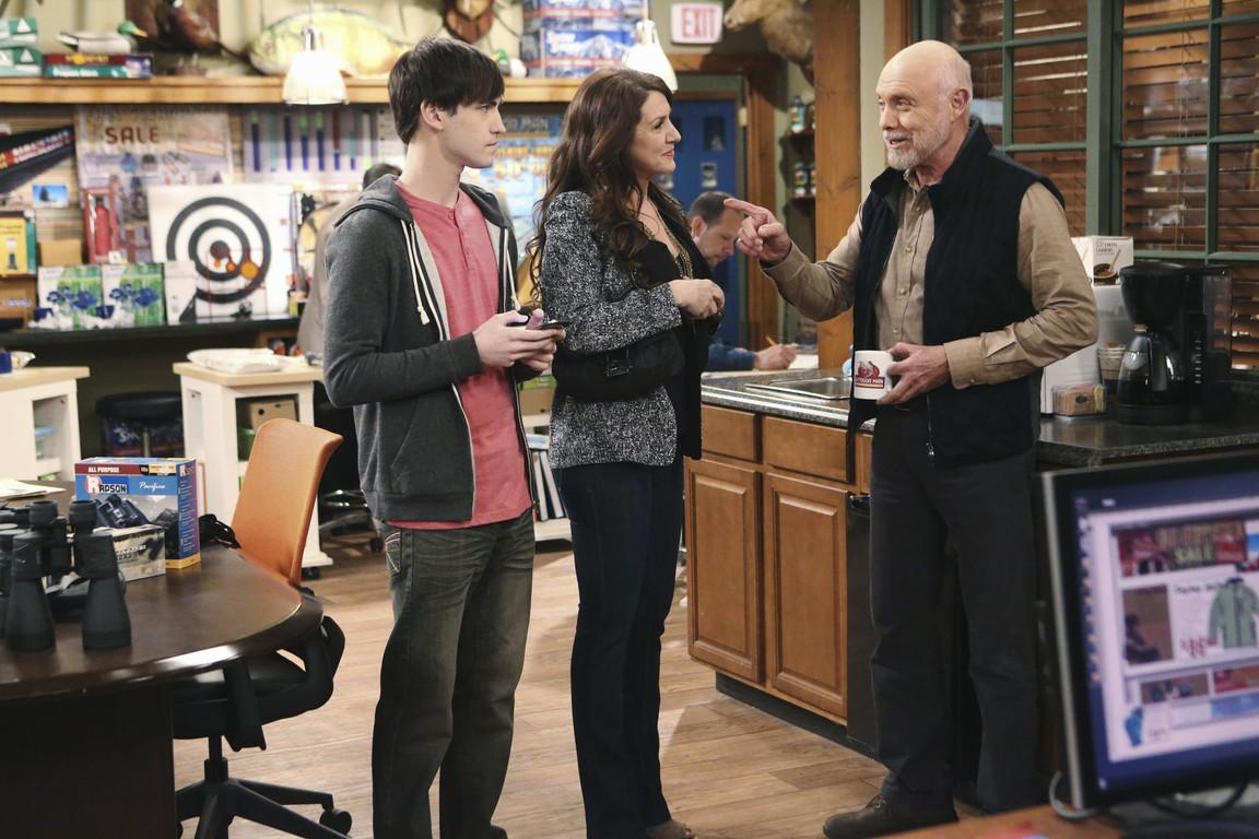 Last Man Standing - Season 3 Episode 19: Hard-Ass Teacher