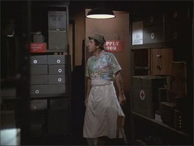 M*A*S*H - Season 9 Episode 15: Bottoms Up