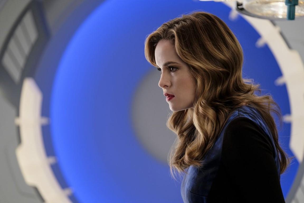 The Flash - Season 3 Episode 12: Untouchable