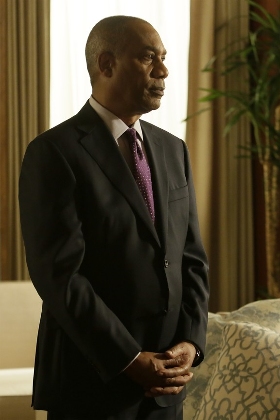 Scandal - Season 4 Episode 22: You Can't Take Command