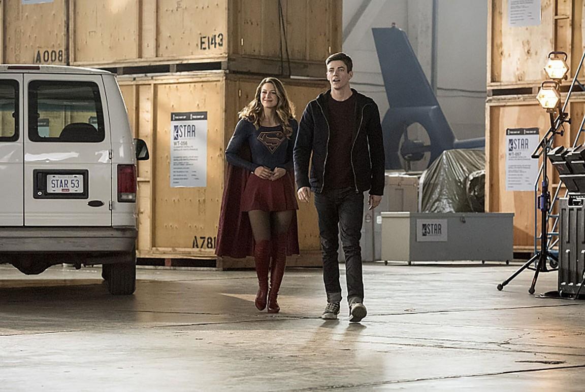 The Flash - Season 3 Episode 08: Invasion! (2)