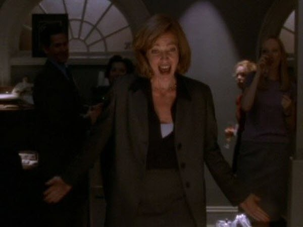 The West Wing - Season 1 Episode 18: Six Meetings Before Lunch
