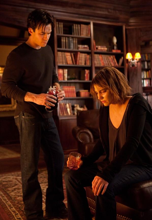 The Vampire Diaries - Season 2 Episode 12: The Descent